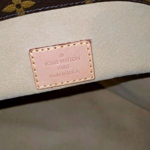 Authentic Louis Vuitton Artsy MM Bag